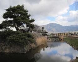 松風さわぐ古城 松代城